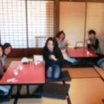 和室でマッタリ!蕎麦を待ったり。